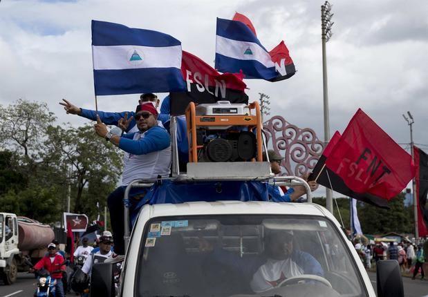 Ortega anuncia un ajuste salarial y ataca a patronal y a EE.UU. en la fiesta sandinista