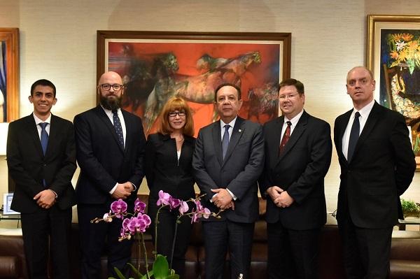 Misión de expertos estadounidenses asiste al Banco Central de la República Dominicana en materia de ciberseguridad