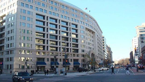 El Banco Interamericano de Desarrollo es una organización financiera internacional, creada en el año 1959, con sede en Washington (EEUU).