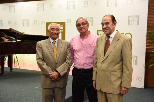 Rafael Solano, Héctor Martínez Cabruja y Julio De Windt.