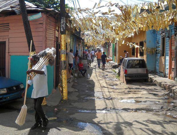 Gobierno espera reducir incidencia del COVID-19 con intervención en barrios