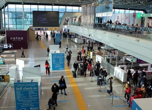Varios países europeos prohíben volar al Reino Unido por la nueva cepa del virus