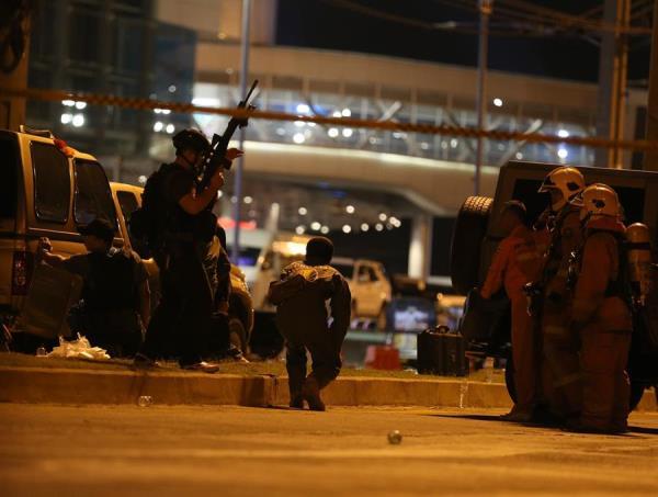 Policía abate a tiros al soldado que causó una matanza en Tailandia