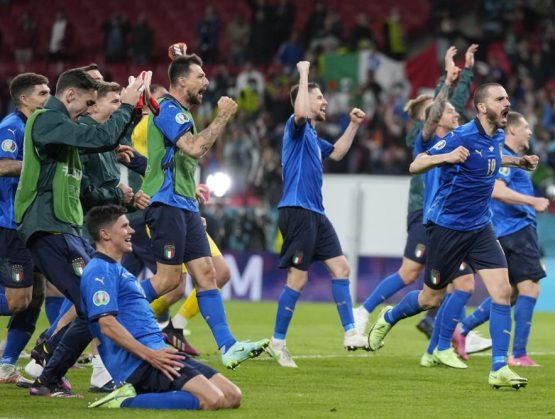 Italia deja fuera de la Euro a España en penales y pasa a la final