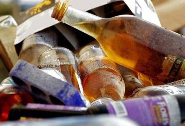 Aumentan a 155 los muertos por consumo de alcohol adulterado en RD