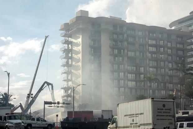 Entra en fase crucial la búsqueda de supervivientes del derrumbe en Miami-Dade