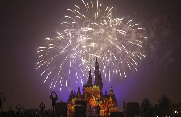 Disney grabará una película inspirada en la atracción