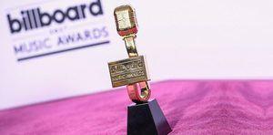 Ozuna, Carlos Vives, Karol G y Bad Bunny actuarán en los Billboard latinos