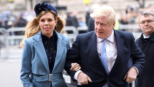 Carrie Symonds y el primer ministro británico, Boris Johnson.