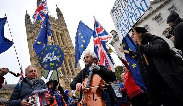 Las empresas británicas urgen a evitar una salida de la UE sin acuerdo