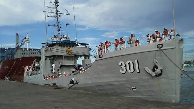 Lancha recuperada por la Armada trajo 707 kilos cocaína