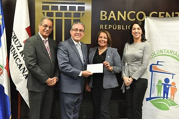 Voluntariado Banco Central hace aporte a Cruz Roja Dominicana