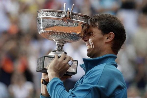 Nadal gana su 11mo. título de Roland Garros al vencer a Thiem