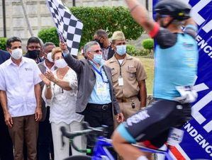 Jonathan Ogando gana segunda etapa Vuelta Independencia.