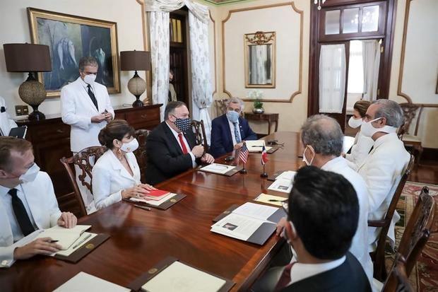 Pompeo y Abinader abordan la seguridad regional y la situación de Venezuela