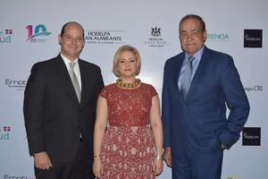 Alejandro Cambiaso, Dashira Martinez y Julio Amado Castaños Guzmán.