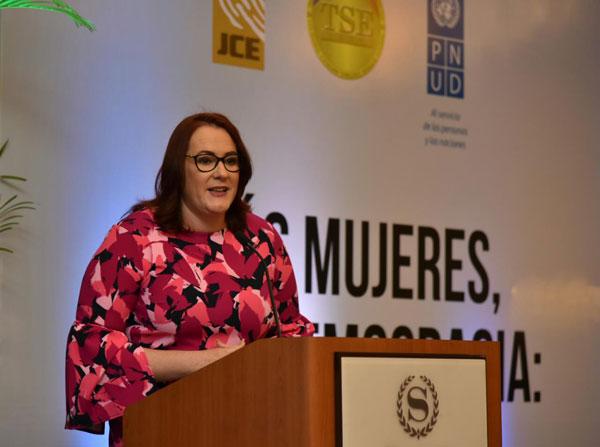 Janet Camilo: La clave para alcanzar la paridad en la participación política la tienen los partidos