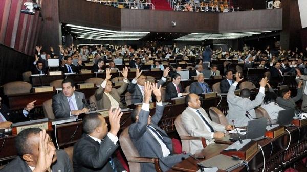 Diputados aprueban ley de protección de las personas adultas mayores