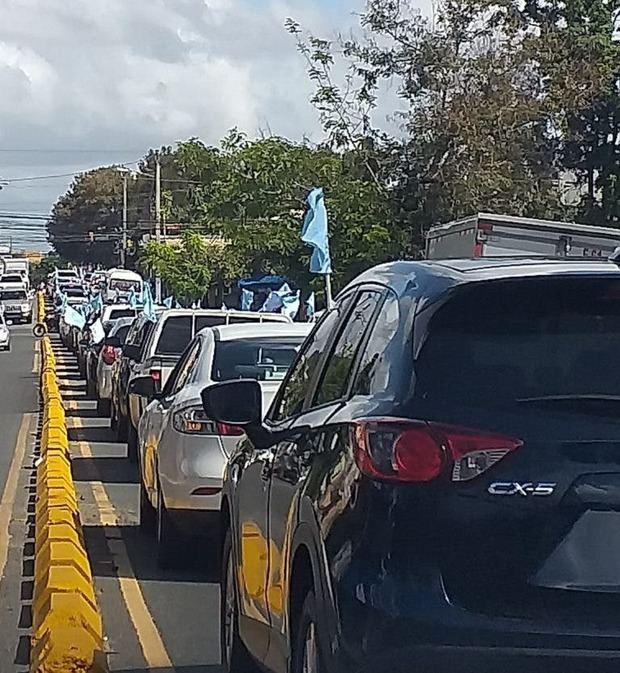 Las iglesias marchan en caravana en Santo Domingo contra el aborto