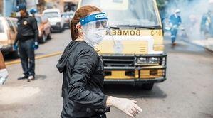 Alcaldesa Carolina Mejía en operativo de limpieza y desinfección en varios sectores del Distrito Nacional.