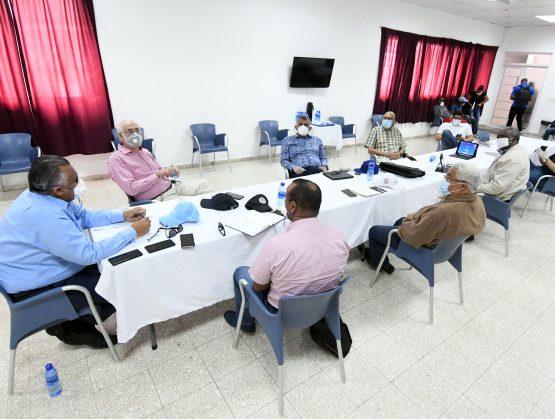 Comité ejecutivo COD debate varios puntos en reunión presencial.