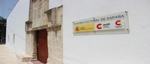 Conferencia de Margarita Miranda de Mitrov en el Centro Cultural de España