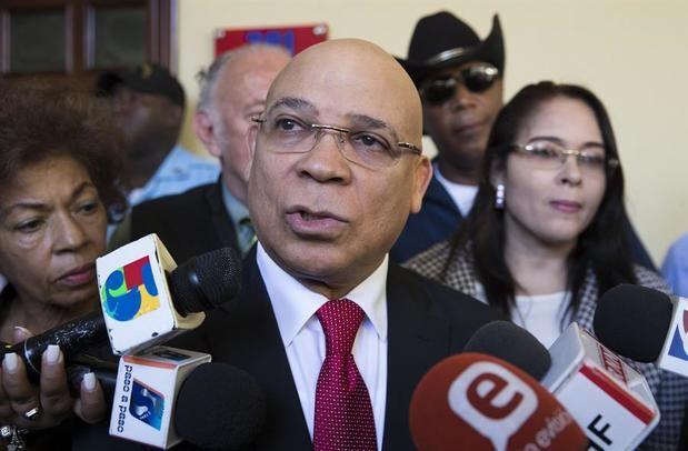 Zapete recusa a juez instruye caso por difamación en su contra