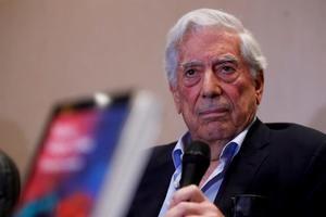 El escritor peruano y premio Nobel de Literatura 2010, Mario Vargas Llosa.