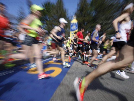 Posponen maratón de Boston para septiembre por coronavirus