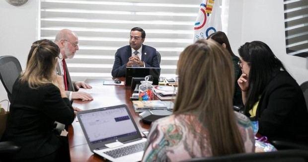 Marius De León, que dirige el CEIRD, anunció la realización de un plan de trabajo para reforzar las relaciones Dominico-Canadienses.
