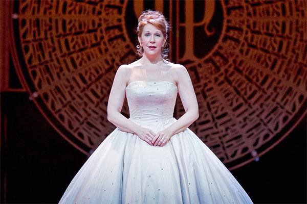 Opera Lovers presenta tertulia y puesta en escena de la ópera Cendrillon