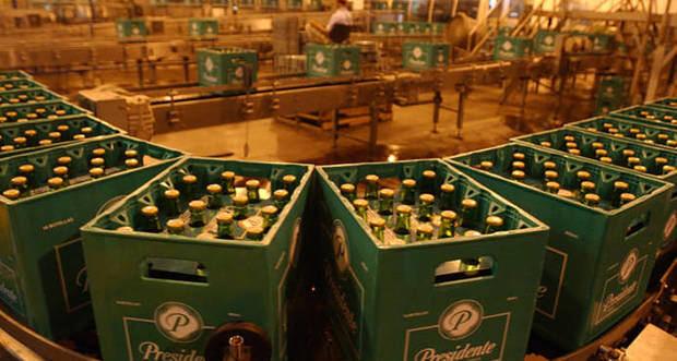 La brasileña Ambev aumenta hasta 85 % sus acciones en Cervecería Dominicana