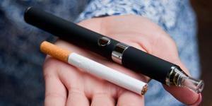 Nueva York ilegaliza los saborizantes de los cigarrillos electrónicos.