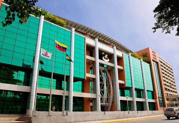 Gobierno venezolano interviene Banesco por 90 días ante