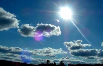 Ligeros incrementos nubosos con chubascos en algunas provincias