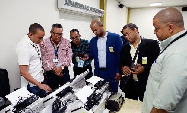 Clonado de escáneres de la JCE.