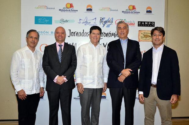 Chef Carlos Estévez, Jesús Durán, Luis Ros, Juan Bancalari,  Rafael Blanco Tejera.