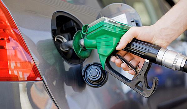 Gobierno vuelve a congelar precio de todos los combustibles
