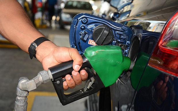 Gobierno asumirá el costo de más de 4 pesos por cada galón