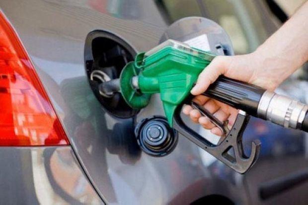 Todos los combustibles mantienen su precio por tercera semana consecutiva