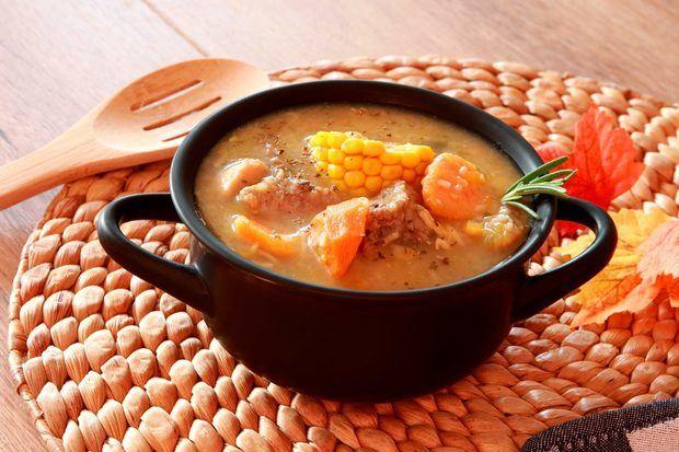 Sancocho dominicano, un plato tradicional a propósito del mes de la Patria