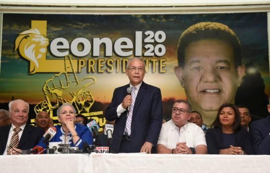 Renunciaron 87 miembros del Comité Central del PLD para seguir a Leonel