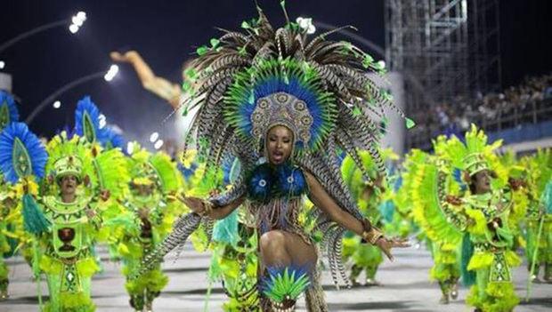 Río se queda sin carnaval por primera vez en su historia pese a la vacuna