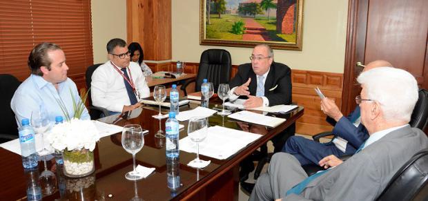 Evalúan modificación Ley sobre Competitividad e Innovación Industrial