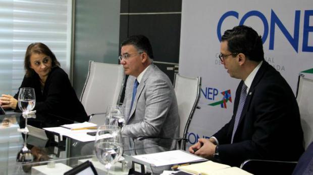 Reunión entre representantes del FMI y del CONEP