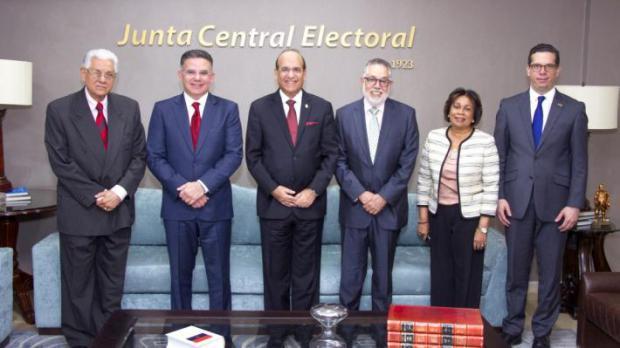 El empresariado se une al reclamo a favor de una reforma electoral