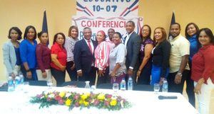Participantes de la conferencia.