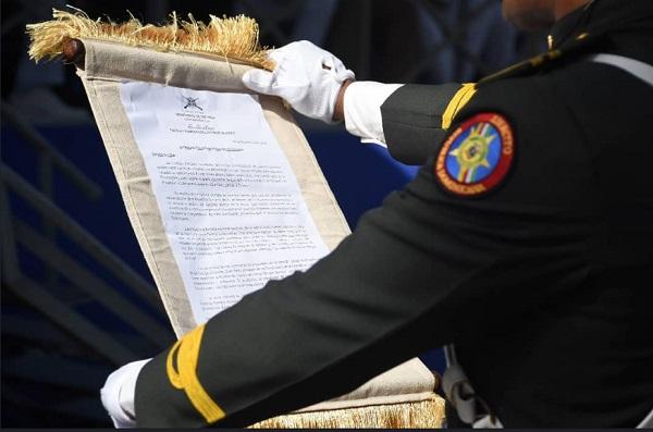 Entre ceremonias y reclamos celebran el 174 aniversario de la Constitución