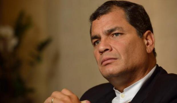 Contraloría ve responsabilidad penal de Correa en la gestión irregular de la deuda