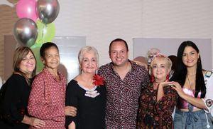 Mireya Mendoza, Ozema Cordero, Margarita Mendoza, Juan Carlos Molina,. Ingrid Mendoza  y Franchesca Estevez.